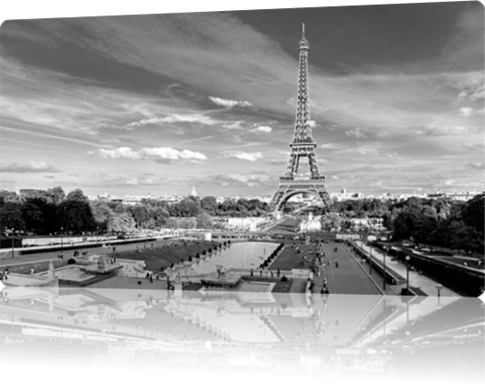 Vign_Eiffel-tower-paris-black-and-white-photos-01